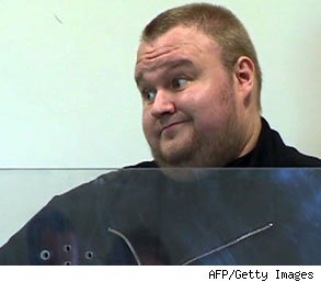 Allow Kim Dotcom to See Evidence against Him, Rules NZ Judge
