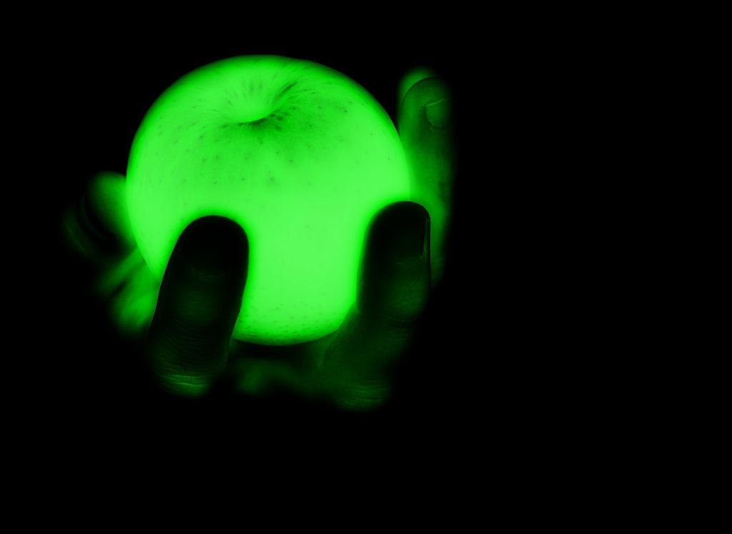 apple-glow