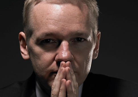 Julian Assange Claims US Cyber Spying Threatens Latin America