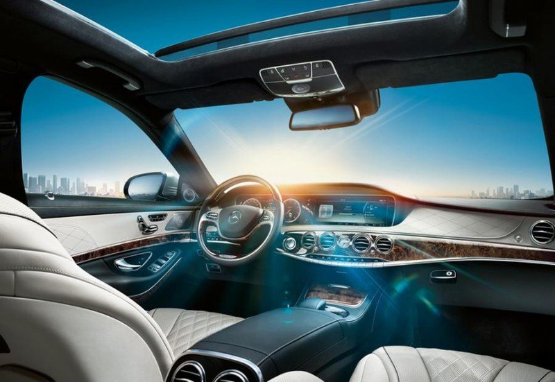 Smart Cars Take The Scenic Route Benz S Smart Glass