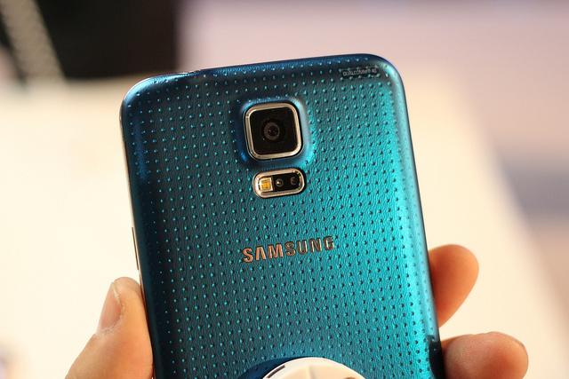 http://siliconangle.com/files/2014/03/samsung-galaxy-s5.jpg