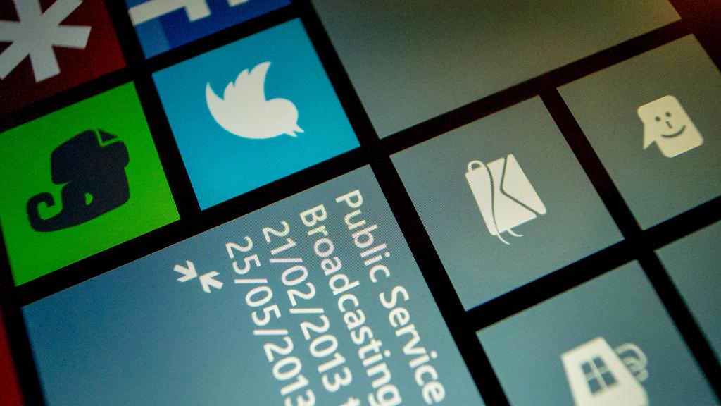Microsoft to finally make it in mobile… in 2019