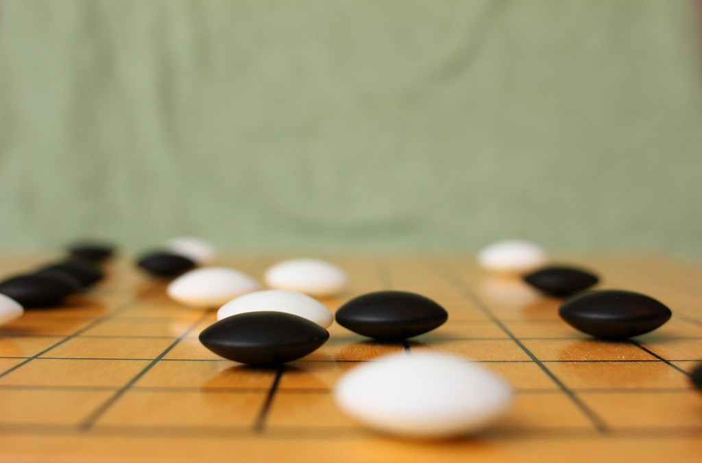 """Google's AlphaGo """"plays just like a human,"""" says top ranked Go player"""