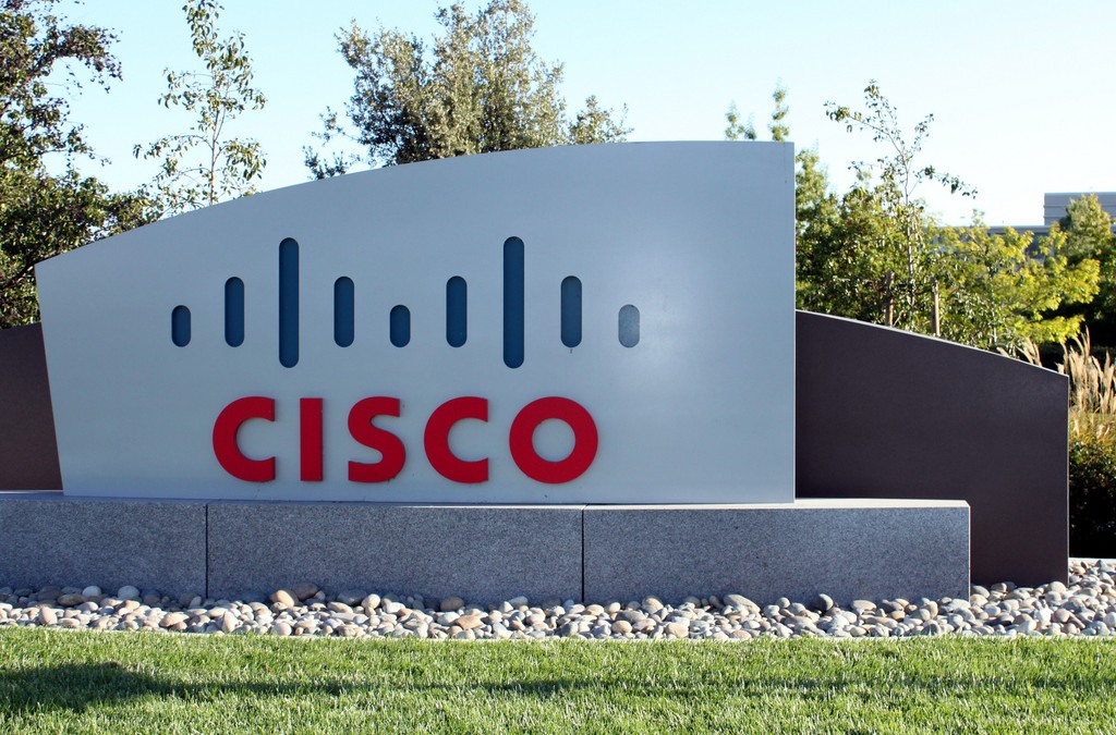 Cisco buys CliQr, expands hybrid cloud management solutions