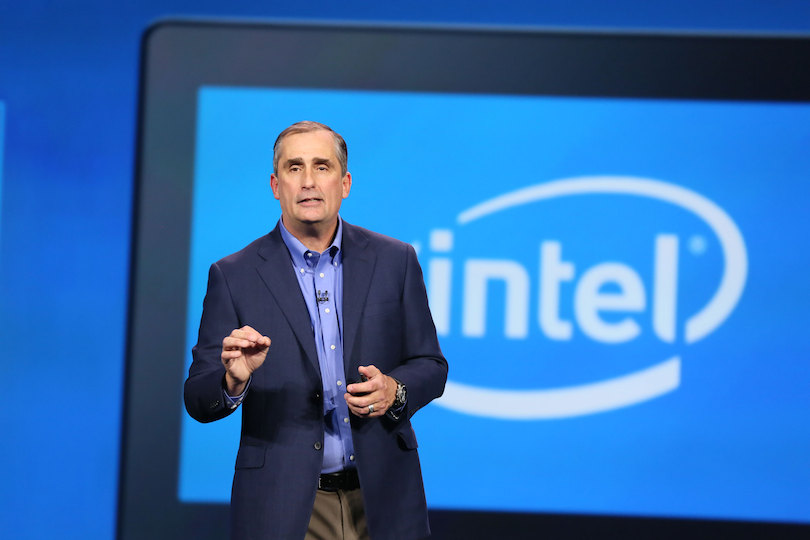 Intel Corporation (NASDAQ:INTC) EVP Sells 1639 Shares of Stock