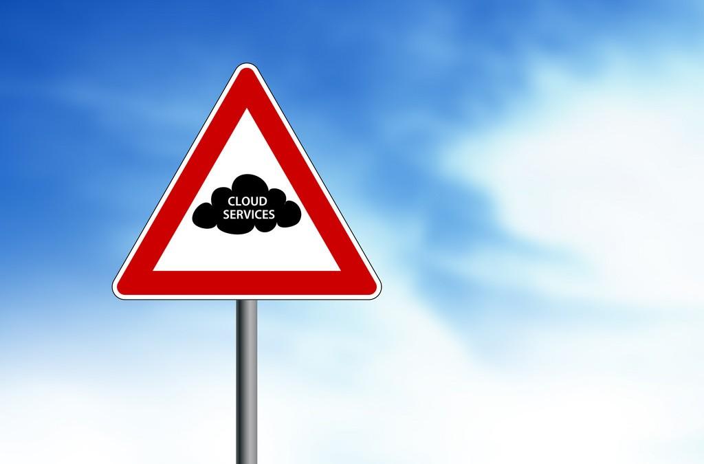 Public cloud strengthens its grip as enterprise adoption accelerates