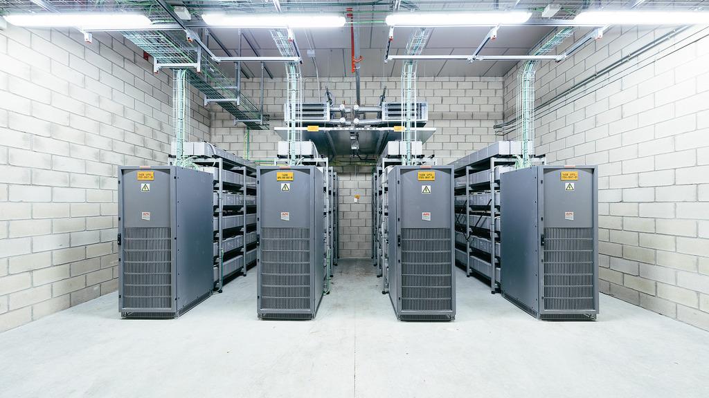 LinkedIn unveils Open19 data center standard