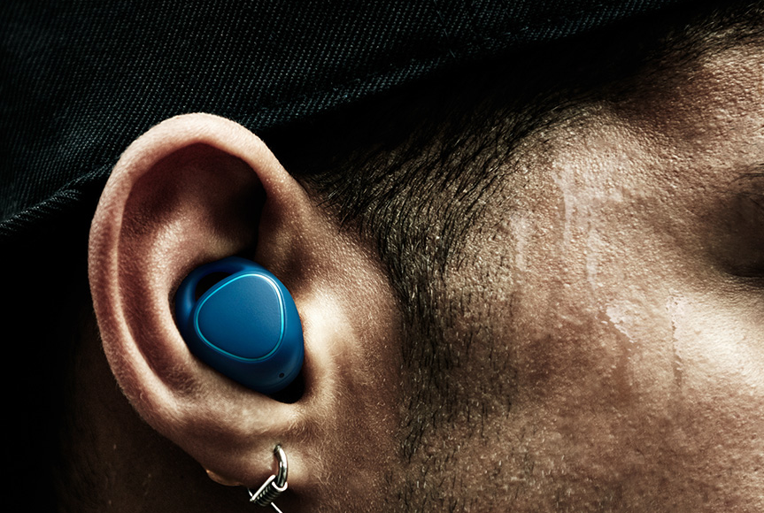 What you missed in the Smart World: Hearables catching on?