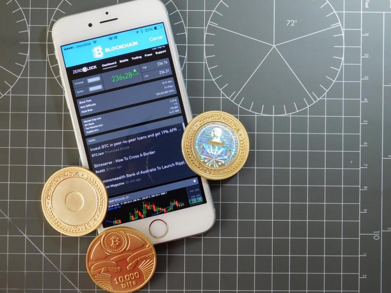 bitcoin-wallet-exchange-blockchain-cryptocurrency