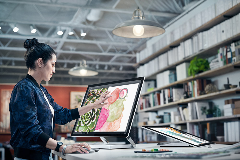 In-depth look at Microsoft's new 28-inch Surface Studio all-in-one & wireless Surface Dial