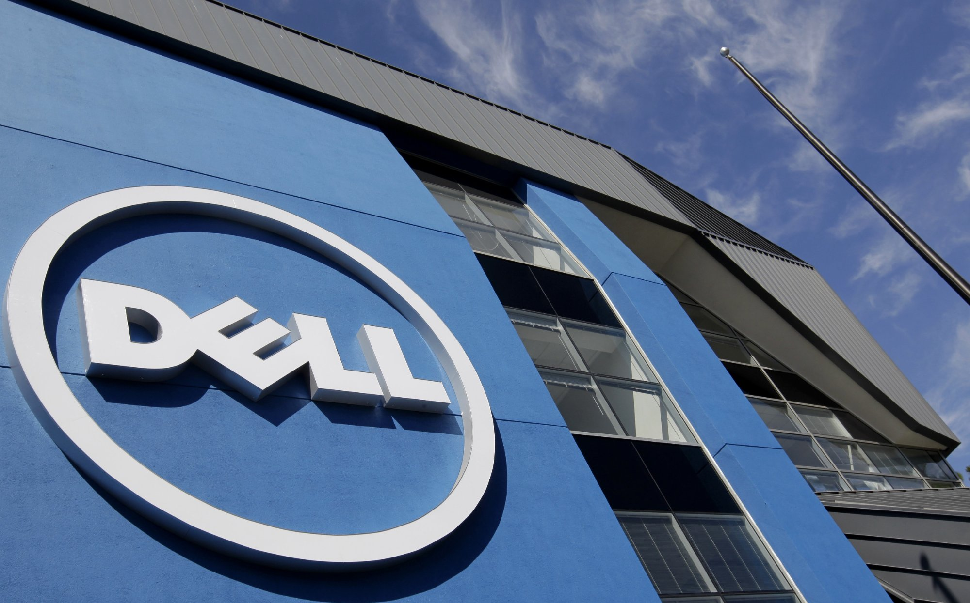 Dell reports solid growth despite continuing storage struggles